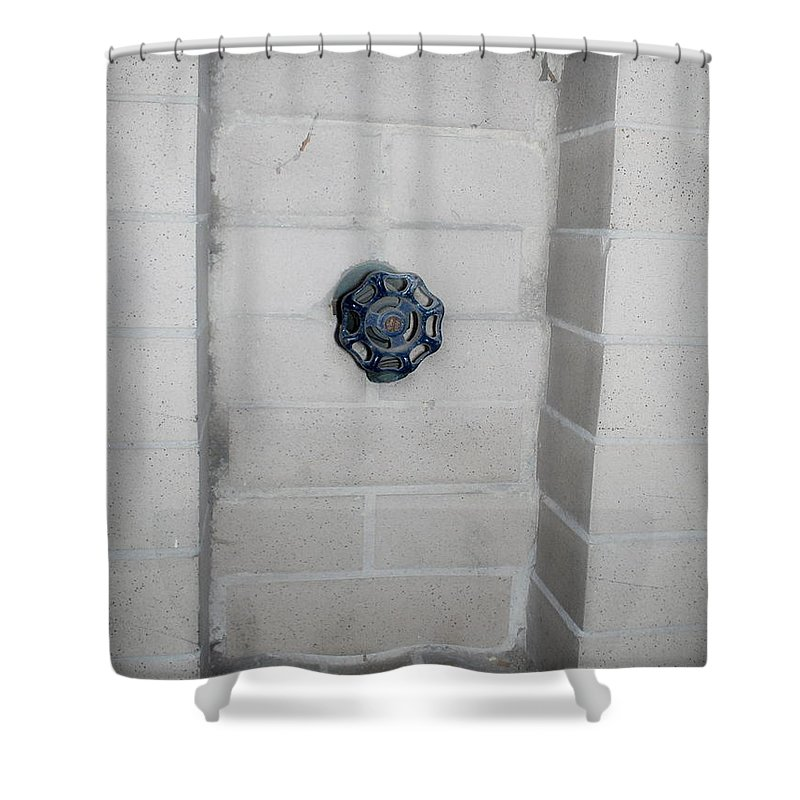 Color Photograph Shower Curtain featuring the photograph Spicket by Thomas Valentine
