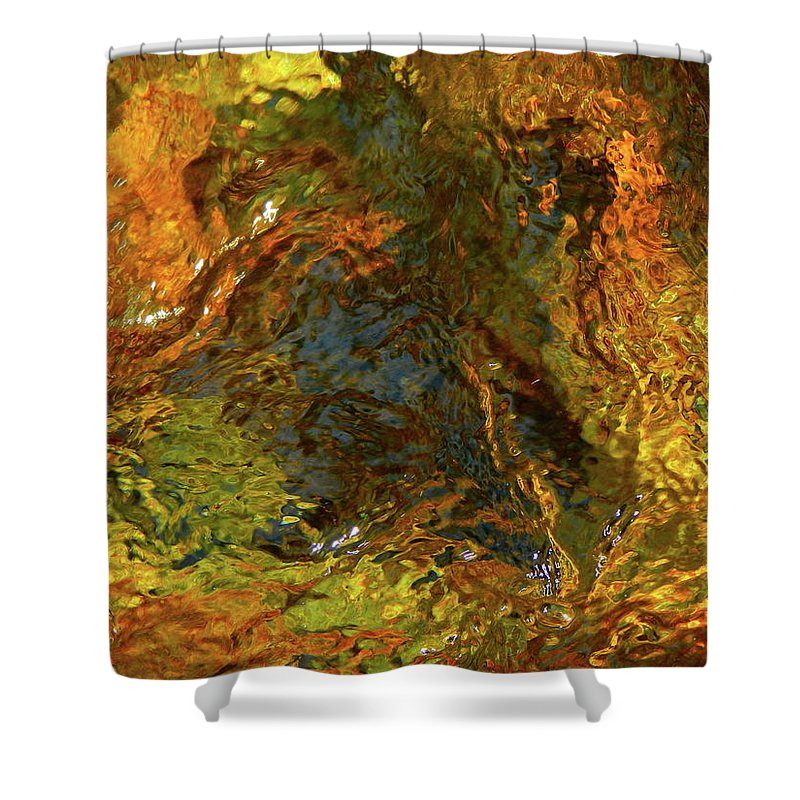 Color Close-up Landscape Shower Curtain featuring the photograph Spring 2017 161 by George Ramos