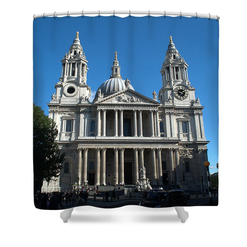 St Pauls Shower Curtain featuring the photograph St Pauls Cathedral by Chris Day