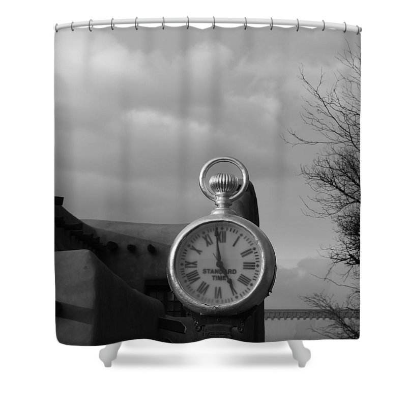 Black And White Shower Curtain featuring the photograph Standard Time by Rob Hans