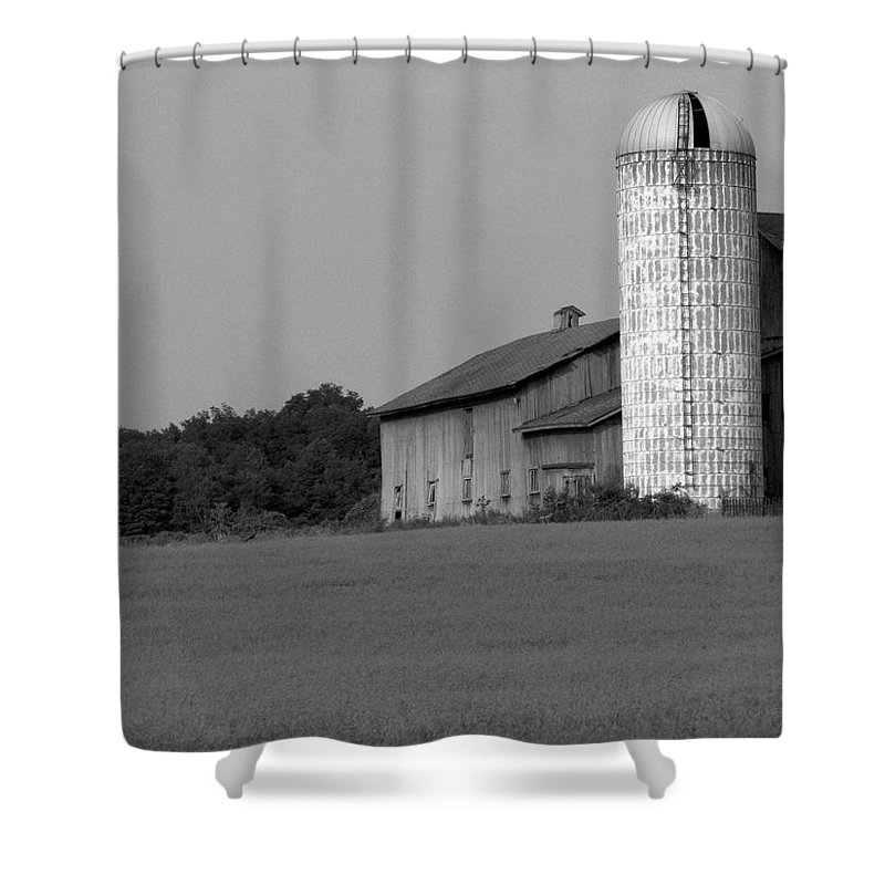 Barn Shower Curtain featuring the photograph Still Here by Rhonda Barrett