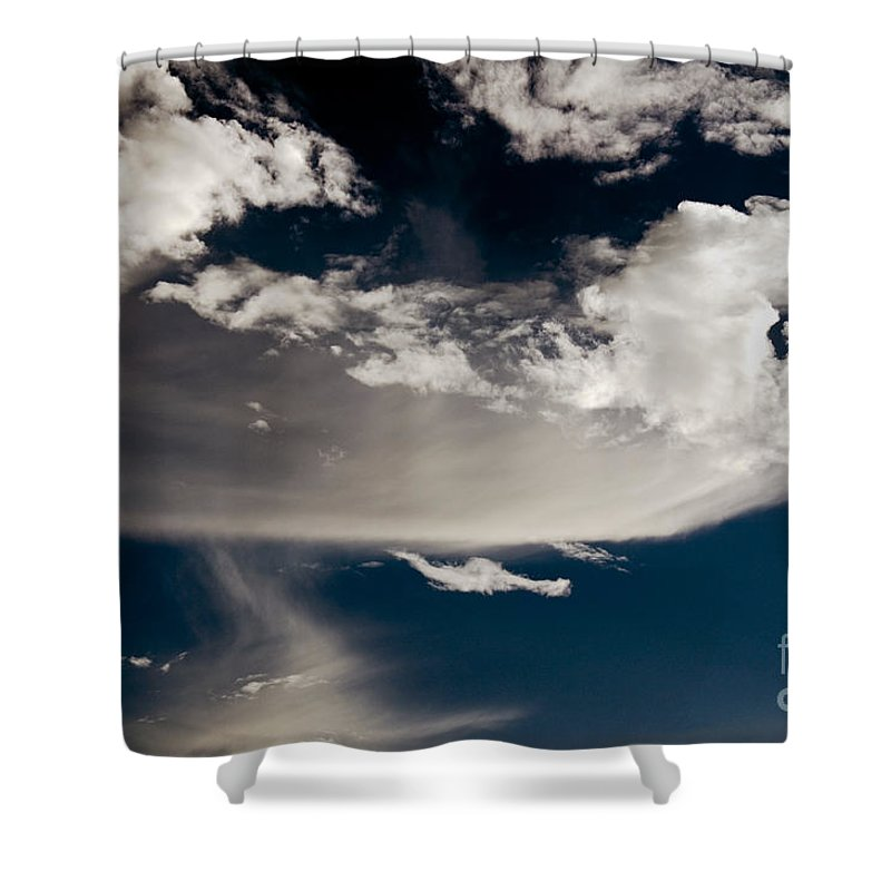Clay Shower Curtain featuring the photograph Streakin' Cloud by Clayton Bruster