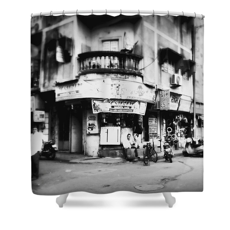 #street Photograohy #crossroads #street Corners #street Shops Shower Curtain featuring the photograph Streetshots_surat by Priyanka Dave