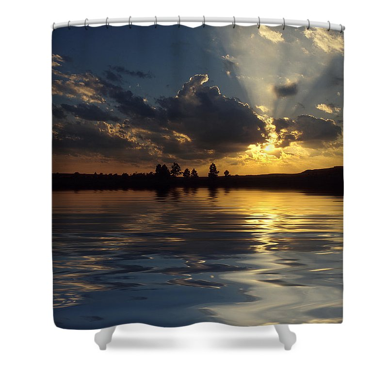 Sunset Shower Curtain featuring the photograph Sunray Sunset by Jerry McElroy
