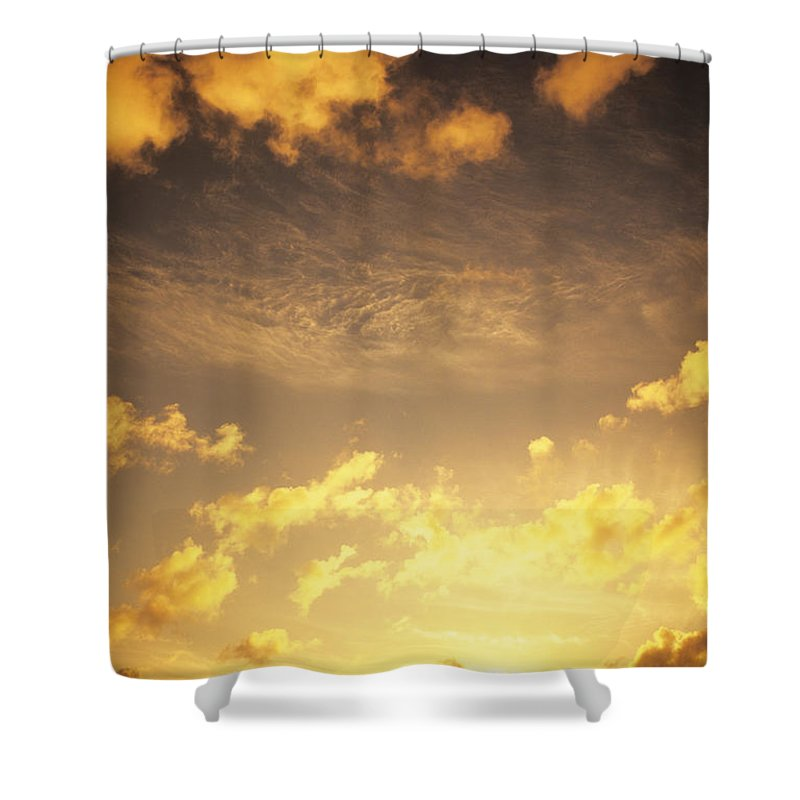 Air Shower Curtain featuring the photograph Sunset At Chinamans Hat by Carl Shaneff - Printscapes