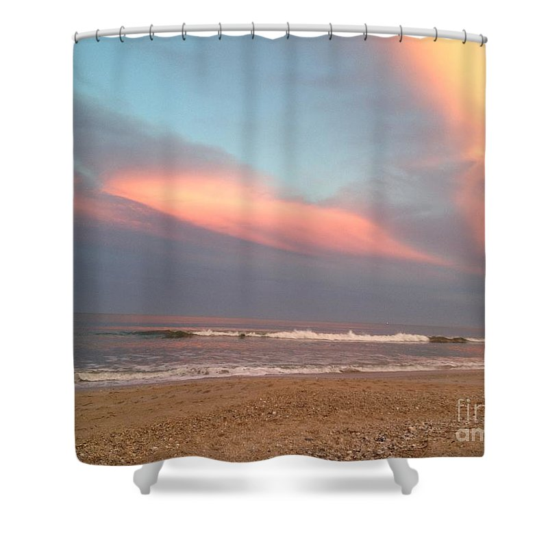 Shower Curtain featuring the photograph Sunset Beauty by Tammie Mohn