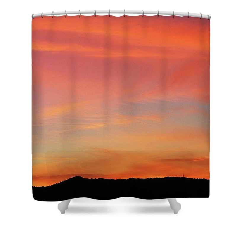 Pink Shower Curtain featuring the photograph Sunset Off Of Kings Hwy by Teri Schuster