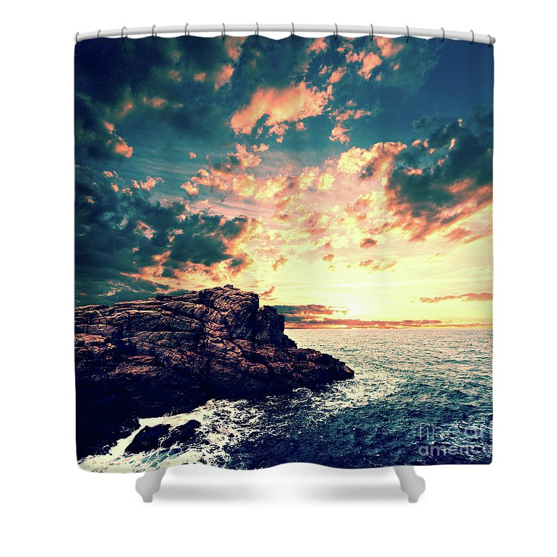 Sunset Shower Curtain featuring the digital art Sunset On The Horizon by Phil Perkins