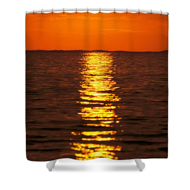 Amaze Shower Curtain featuring the photograph Sunset Reflections by Tomas del Amo - Printscapes