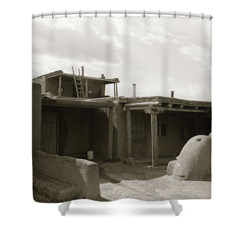 Taos Shower Curtain featuring the photograph Taos 1 by Margaret Howieson