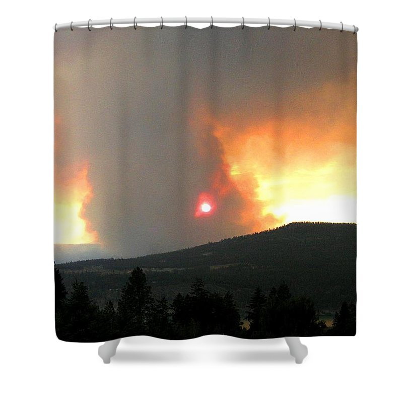 Forest Fire Shower Curtain featuring the photograph Terrace Mountain Fire 3 by Will Borden
