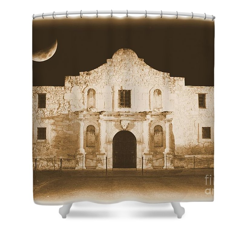 The Alamo Shower Curtain featuring the photograph The Alamo Greeting Card by Carol Groenen