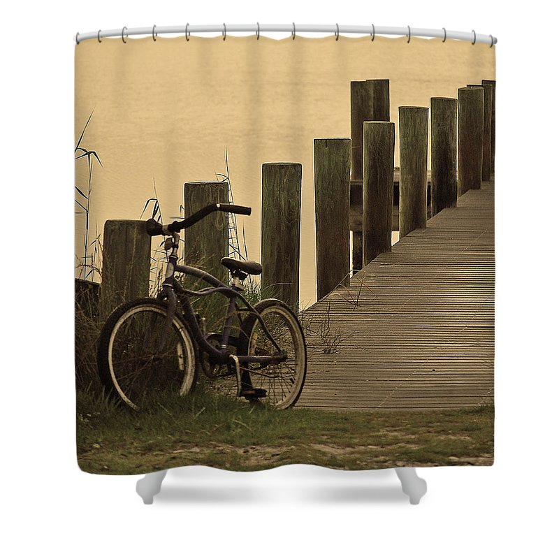 Bike Shower Curtain featuring the photograph The Beach Comber by Robert Meanor