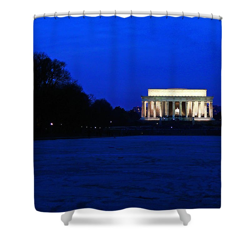 Lincoln Memorial Shower Curtain featuring the photograph The Bleak Midwinter by Mitch Cat
