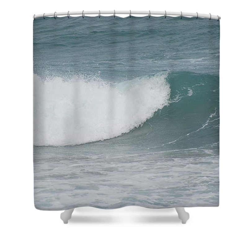 Water Shower Curtain featuring the photograph The Break by Rob Hans