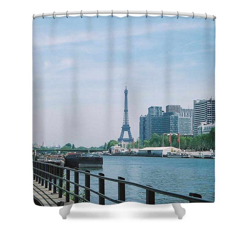 The Eiffel Tower Shower Curtain featuring the photograph The Eiffel Tower And The Seine River by Nadine Rippelmeyer