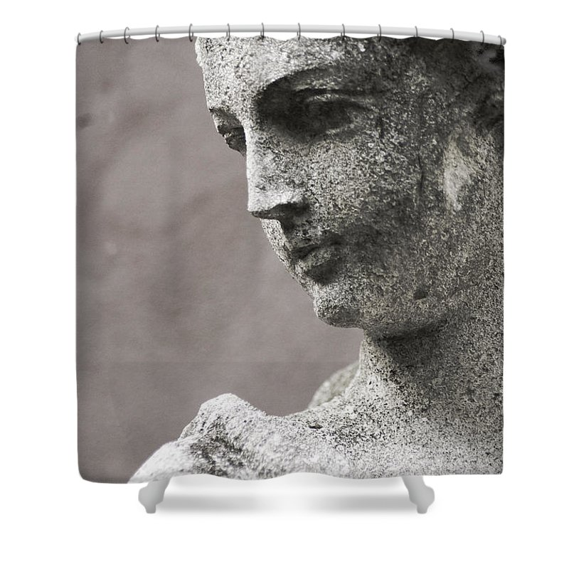 Shenandoah Valley Shower Curtain featuring the photograph The Gardens Close Up by Teresa Henry