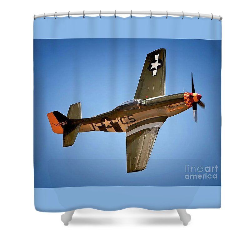 Aircraft Shower Curtain featuring the photograph The Lady Roars by Gus McCrea