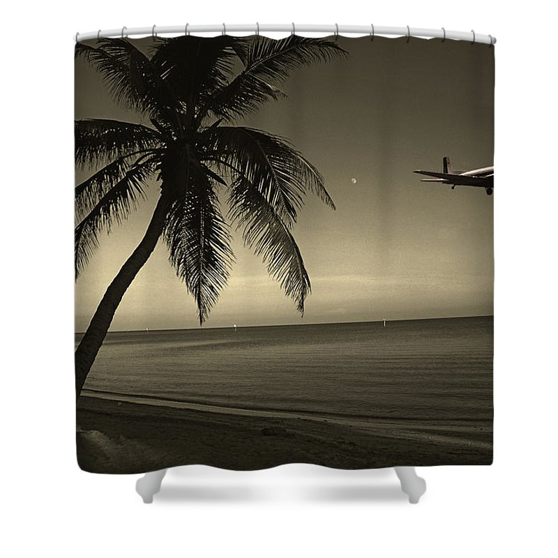 Palm Shower Curtain featuring the photograph The Last Flight Out by Susanne Van Hulst