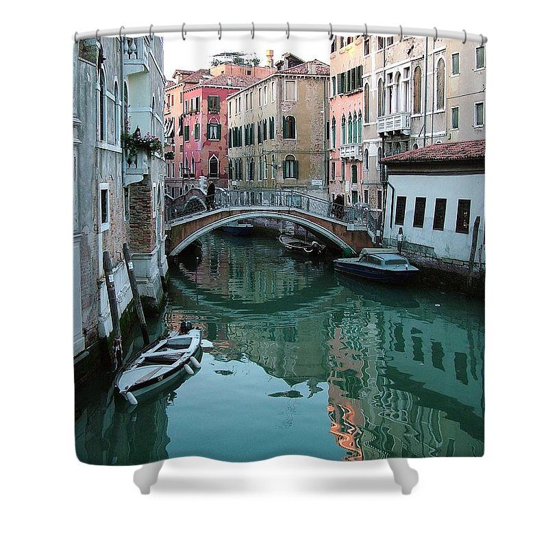 Landscape Shower Curtain featuring the photograph The Leaning Boat by Donna Corless
