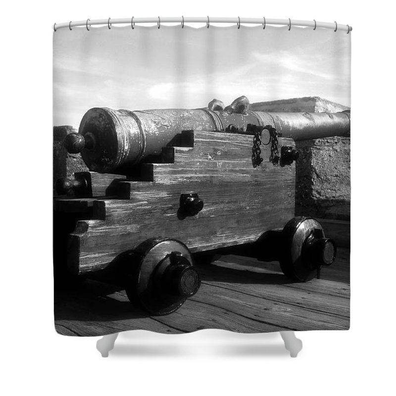 Castillo De San Marcos National Monument Shower Curtain featuring the photograph The Old Castillo by David Lee Thompson