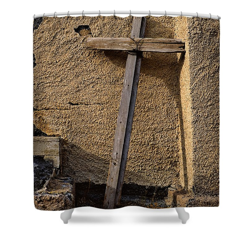 Colorado Shower Curtain featuring the photograph The Old Rugged Cross by Dale Poll