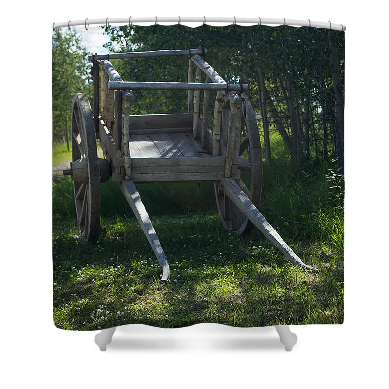 One Horse Cart Shower Curtain featuring the photograph The Old Wagon by Rhonda Robinson