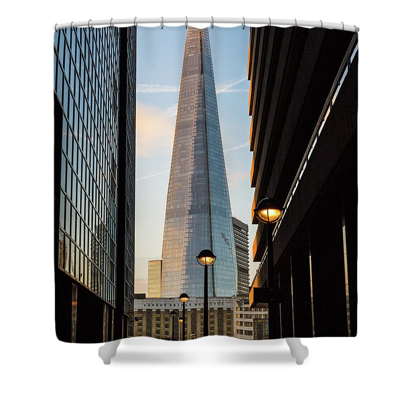 Bridge Shower Curtain featuring the photograph The Shard by Robert Stasio