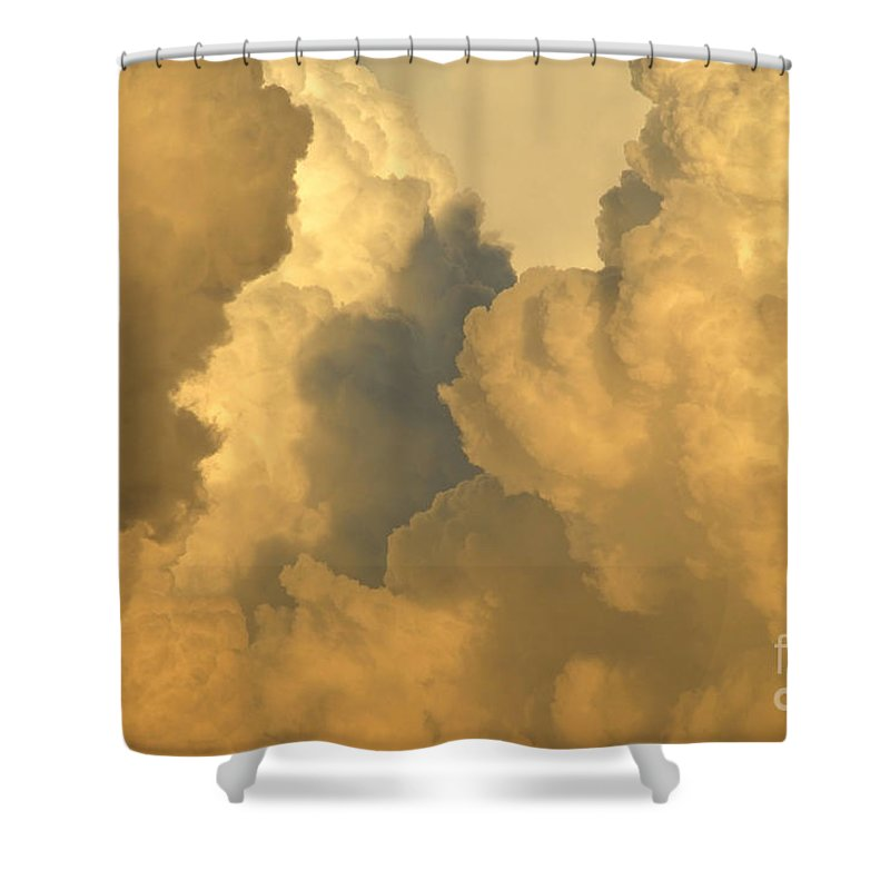 Clouds Shower Curtain featuring the photograph Thunder Heads by David Lee Thompson