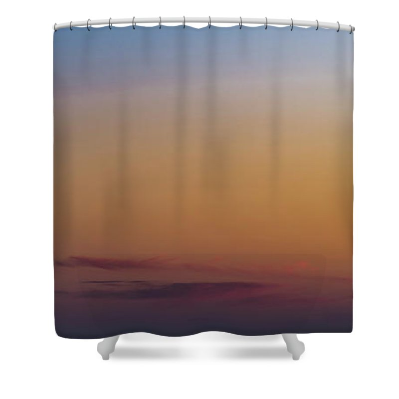 Chicago Shower Curtain featuring the photograph Tower Tops by David Berg
