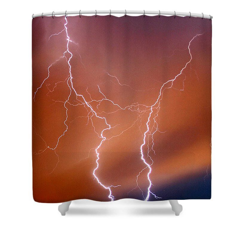 Lightning Shower Curtain featuring the photograph Twin Strike by Anthony Jones
