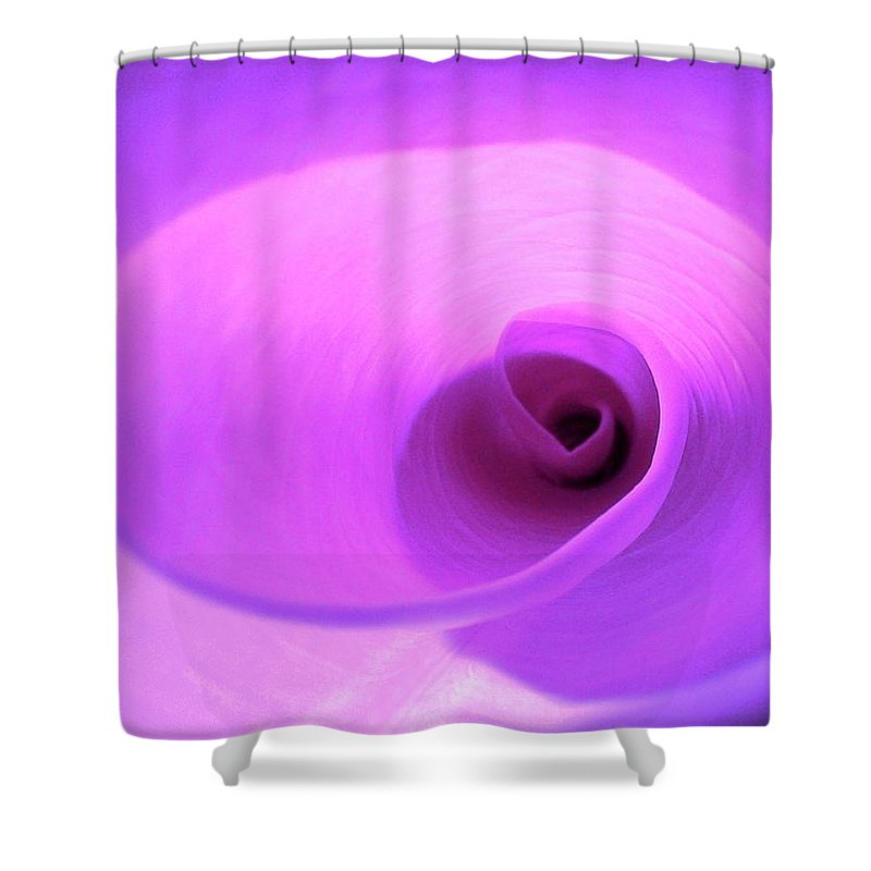 Twystery Shower Curtain featuring the photograph Twystery by Al Powell Photography USA