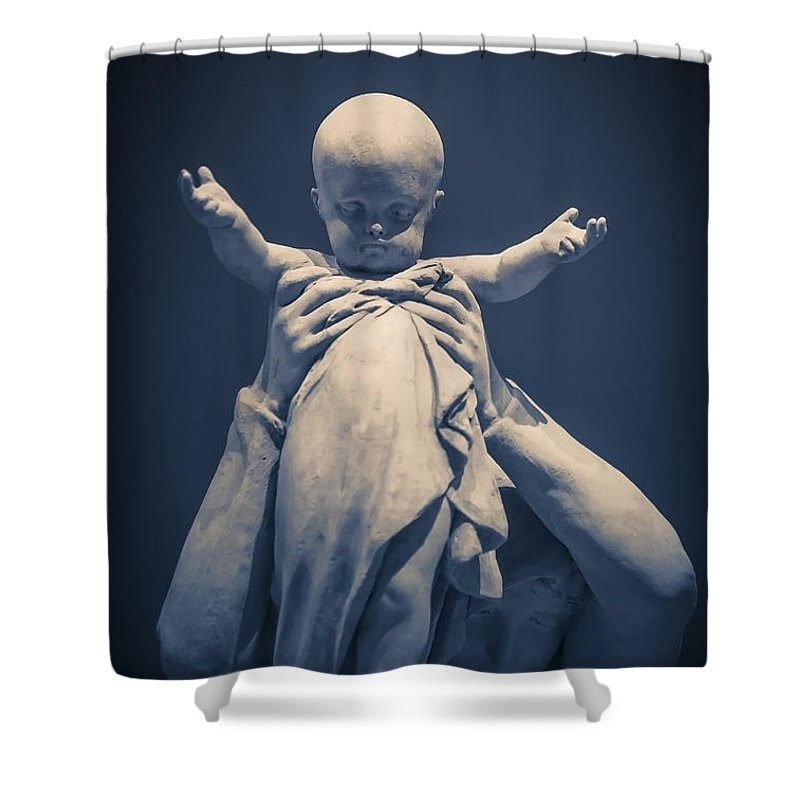 Baby Shower Curtain featuring the photograph Uplifting by Edward Fielding