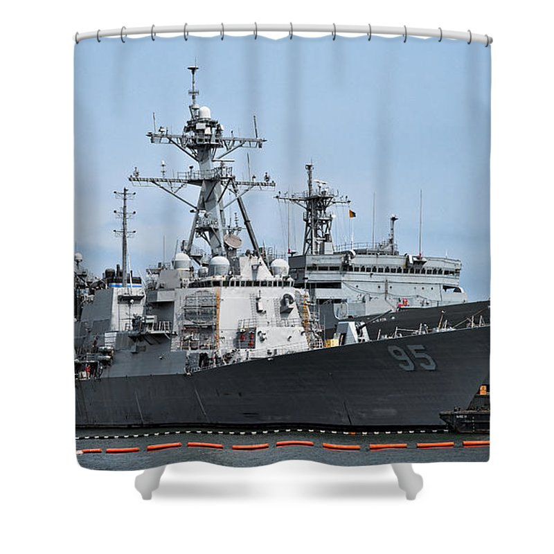 Ship Shower Curtain featuring the photograph Uss James E. Williams Ddg-95 by Christopher Holmes