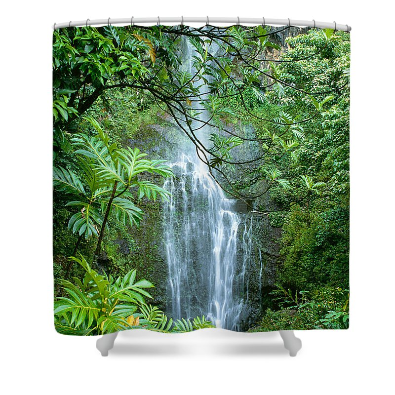 Active Shower Curtain featuring the photograph Wailua Falls by Greg Vaughn - Printscapes