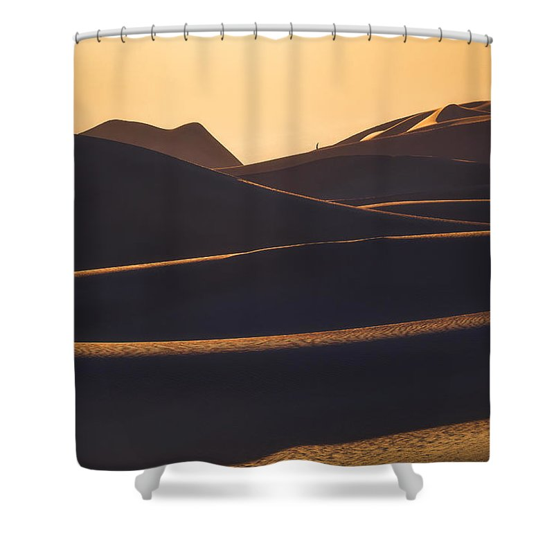 Dunes Shower Curtain featuring the photograph Wanderer by Peter Coskun