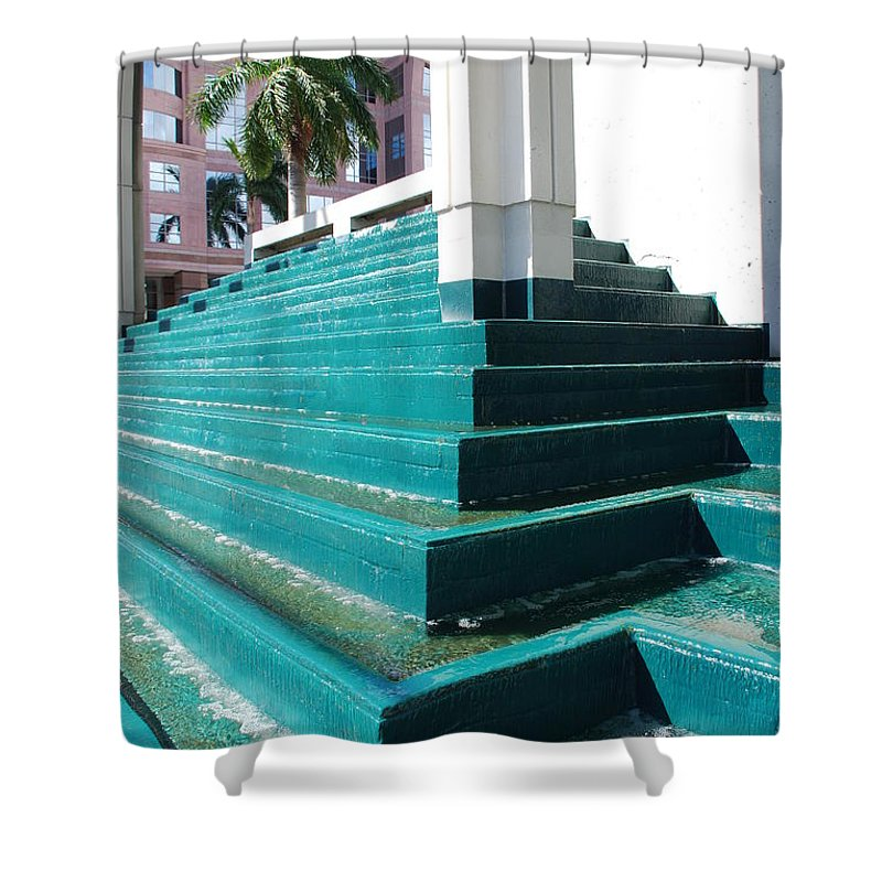 Architecture Shower Curtain featuring the photograph Water At The Federl Courthouse by Rob Hans