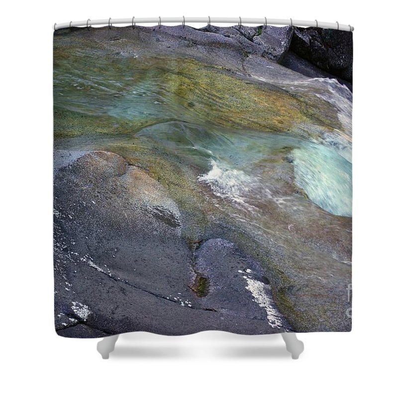 Tropical Shower Curtain featuring the photograph Water Flow by Kerryn Madsen- Pietsch