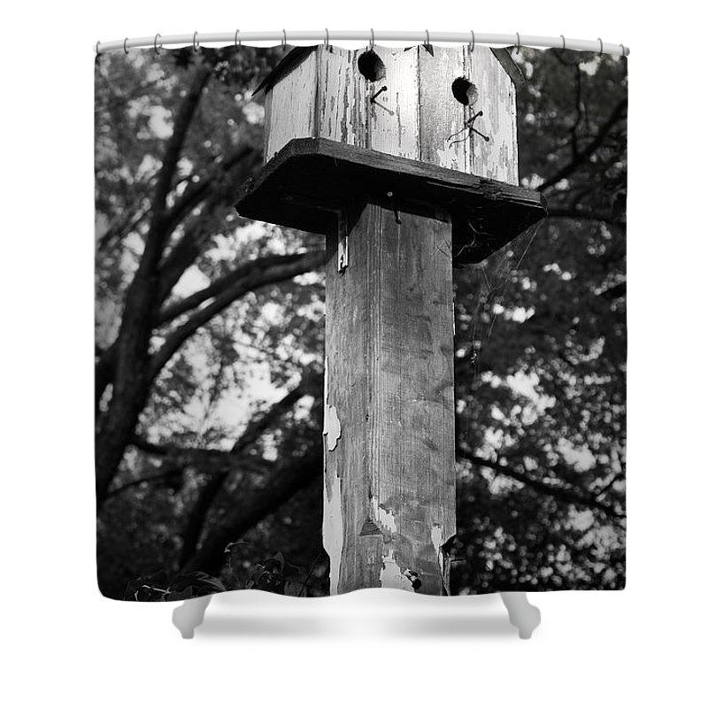 Birdhouse Shower Curtain featuring the photograph Weathered Bird House by Teresa Mucha