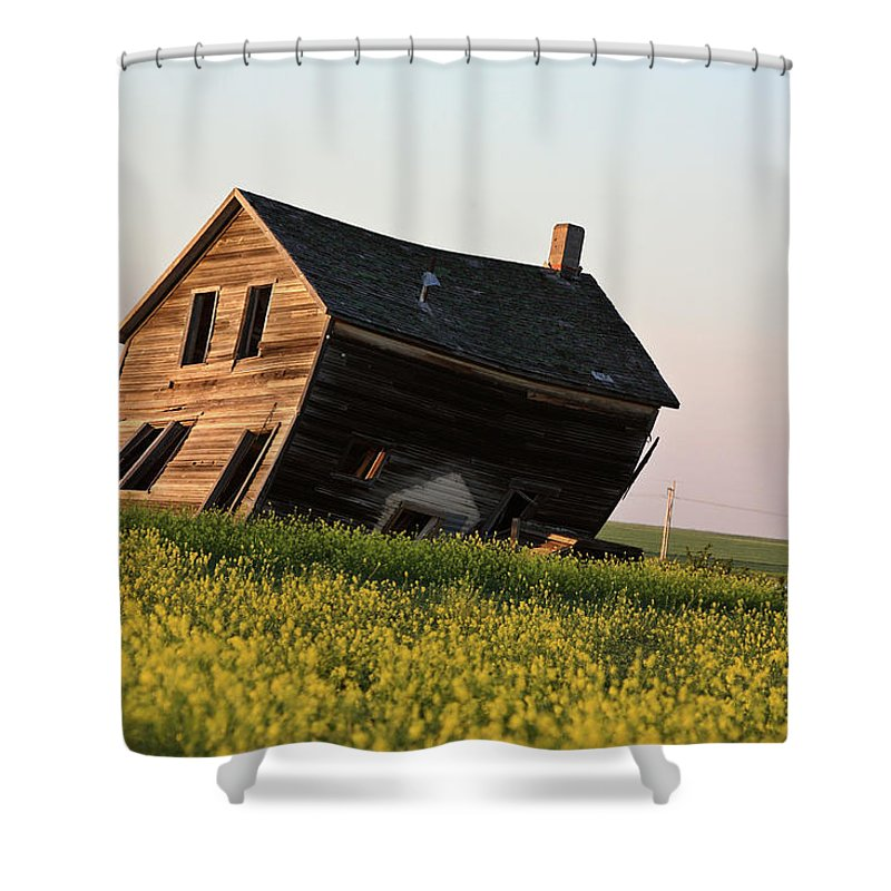 Abandoned Shower Curtain featuring the digital art Weathered Old Farm House In Scenic Saskatchewan by Mark Duffy