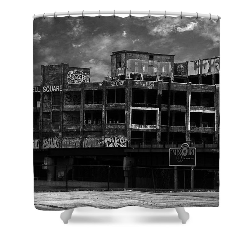 Missouri Shower Curtain featuring the photograph Welcome To Missouri by Anthony Jones