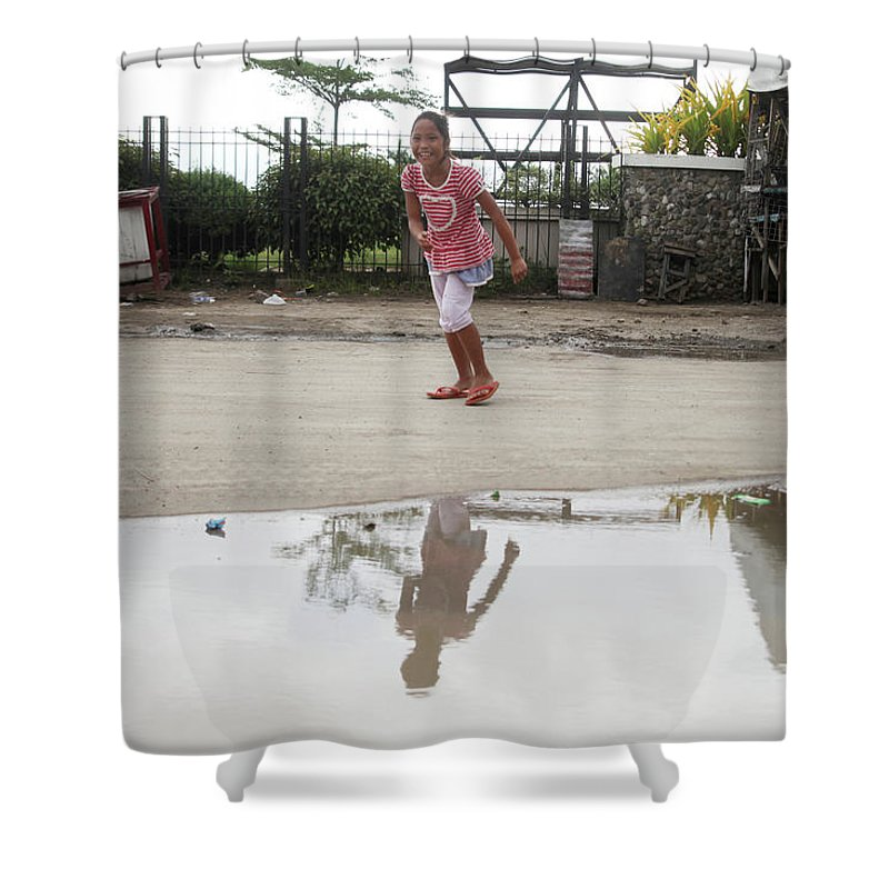 Mati Shower Curtain featuring the photograph Wet Dry Wet Dry by Jez C Self