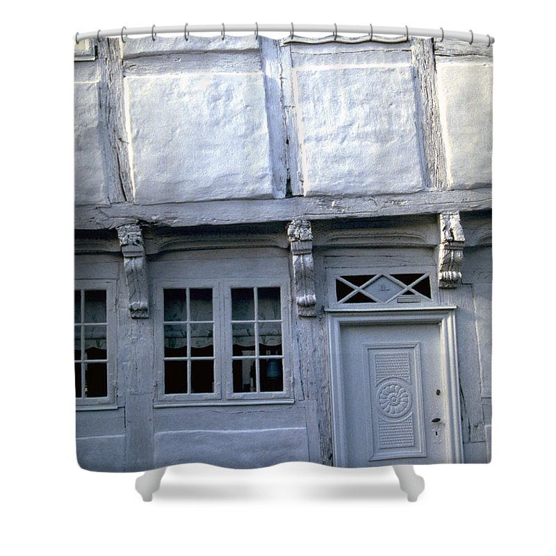 White House Shower Curtain featuring the photograph White House by Flavia Westerwelle