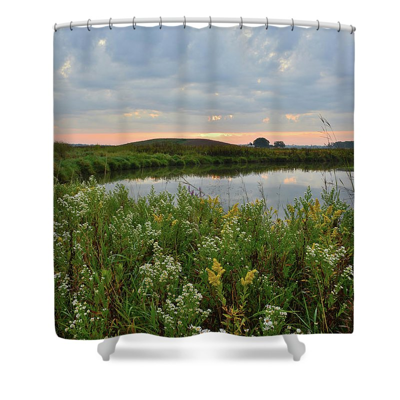 Glacial Park Shower Curtain featuring the photograph Wildflowers Along Nippersink Creek In Hackmatack Nwr by Ray Mathis