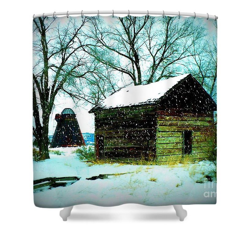 Winter Landscape Shower Curtain featuring the photograph Winter Barn And Silo by Carol Groenen