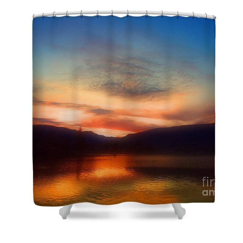 Okanagan Shower Curtain featuring the photograph Winter Sunset by Tara Turner