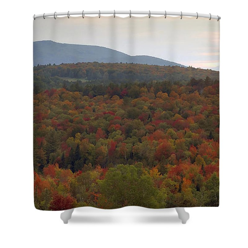 Fall Shower Curtain featuring the photograph Winters Approach by David Lee Thompson