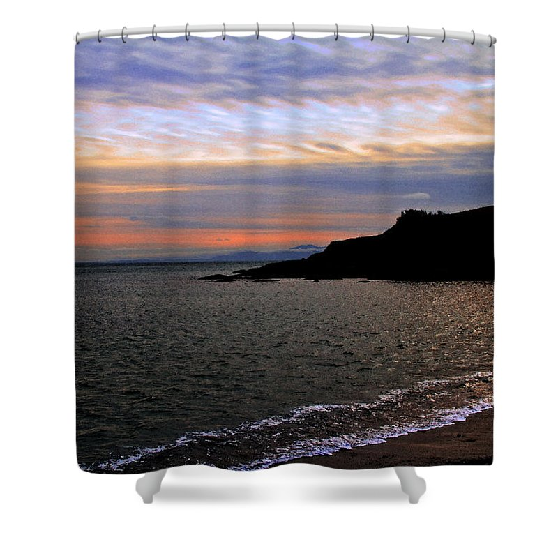 Ocean Shower Curtain featuring the photograph Winter's Beachcombing by Joseph Noonan