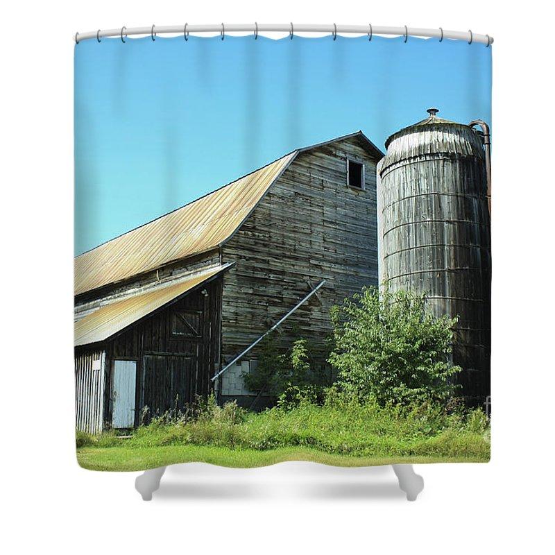 Barn Shower Curtain featuring the photograph Wooden Silo by Deborah Benoit