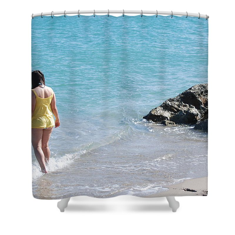 Sea Scape Shower Curtain featuring the photograph Yellow And Blue by Rob Hans